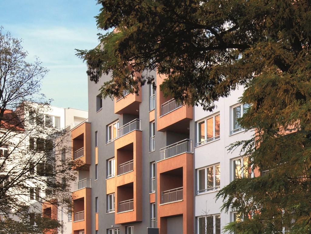 Podíl Pražanů kupujících nový byt v Praze klesá
