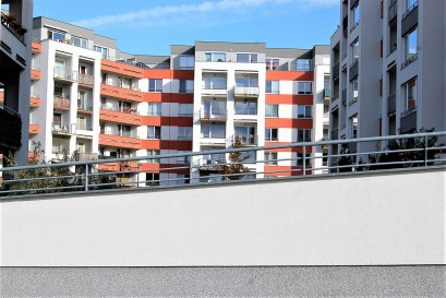 Nový byt v Praze kupují nejčastěji ženy ve věku 40 let. Trh určují hlavně singles.