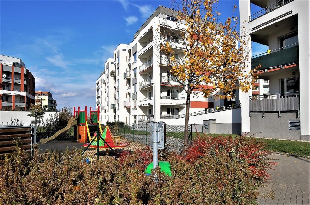 Zájem o nové byty trvá, lidé v nejisté době hledají bezpečnou investici