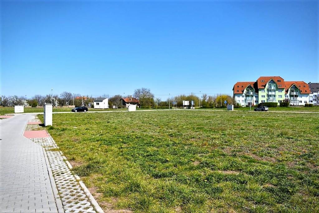 V atraktivní části pražských Kbel se nabízejí poslední volné parcely