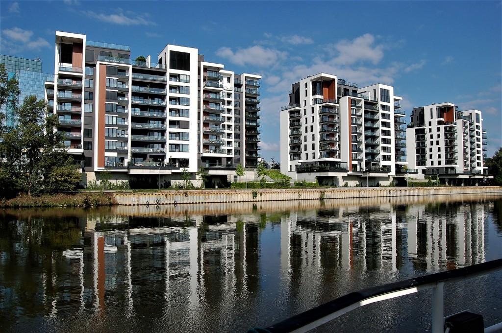 Pomůže nový stavební zákon zastavit růst cen nového bydlení?